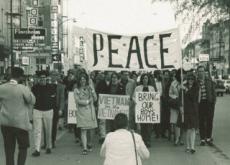 Protest Against the Vietnam War in Iowa - World News