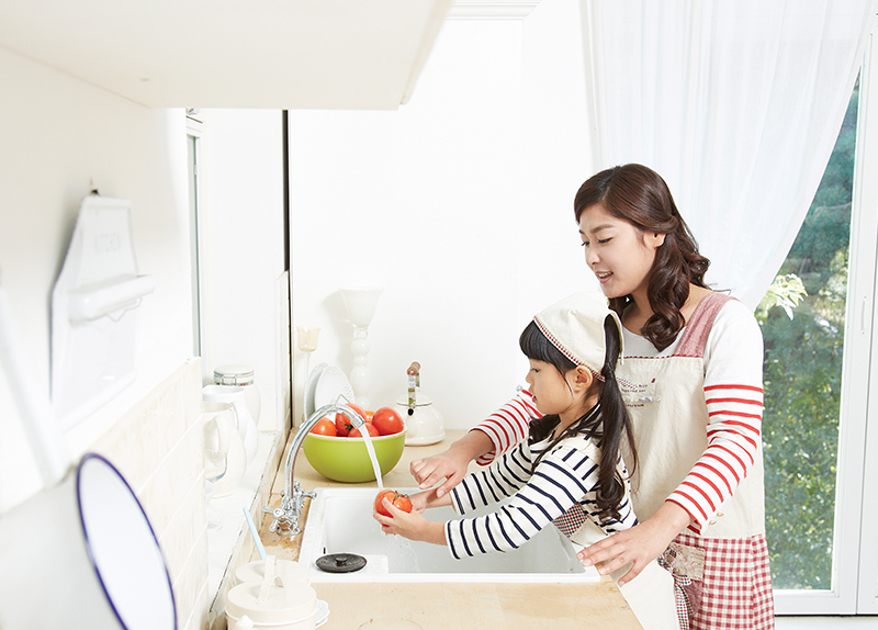 Should kids be rewarded for doing chores?