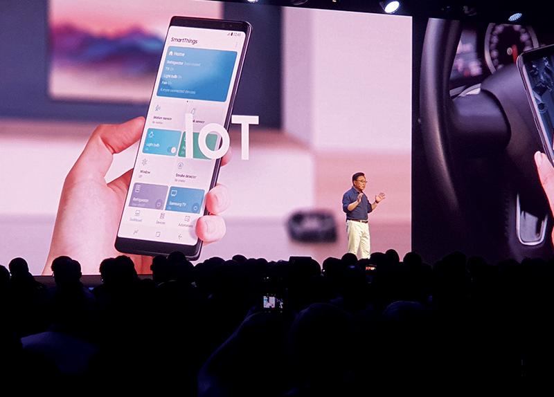 Samsung's Foldable Smartphone0