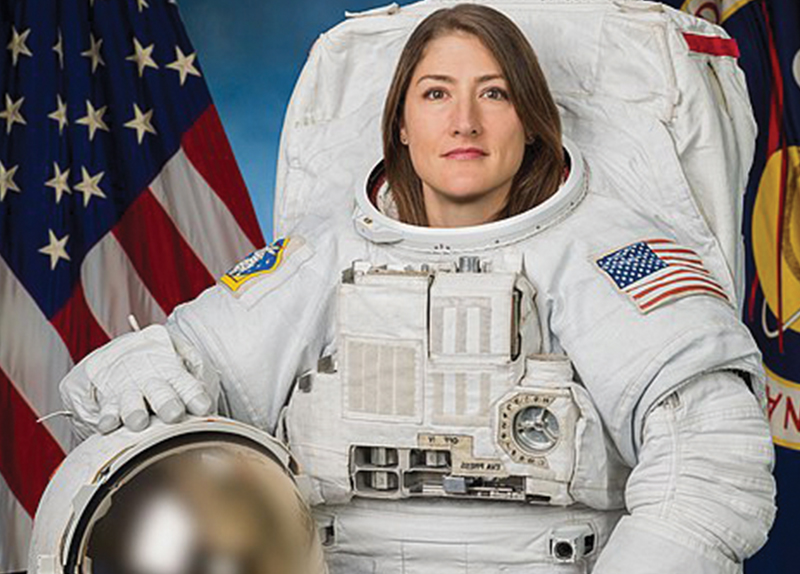 Record-Setting Female Astronaut Returns to Earth