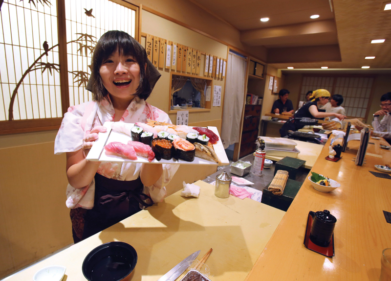 Female Sushi Chef Proves Herself