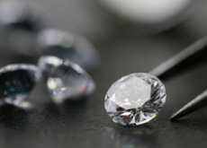 Pandora, The World's Biggest Jeweler, Renounces Mined Diamonds - Headline News