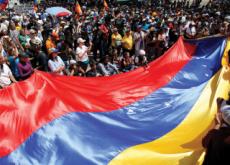Continued Chaos In Venezuela - Headline News