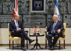 Prince William Meets With Descendants Of Holocaust Survivors - World News II