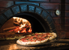 Pizza Physics: Italian Pizzas And Brick Ovens - Culture/Trend