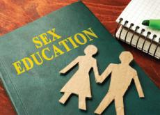 Lala School: Korea's New Sex-Ed Institute - National News I