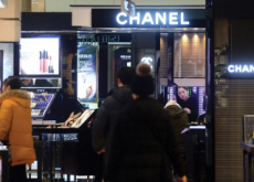 Chanel Employees Ask for Overtime Pay for Grooming - Focus