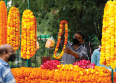 A Flower Vendor in India - Photo News