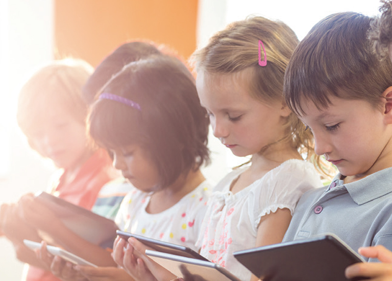 Children Think Better Without Screens - Know Right Now