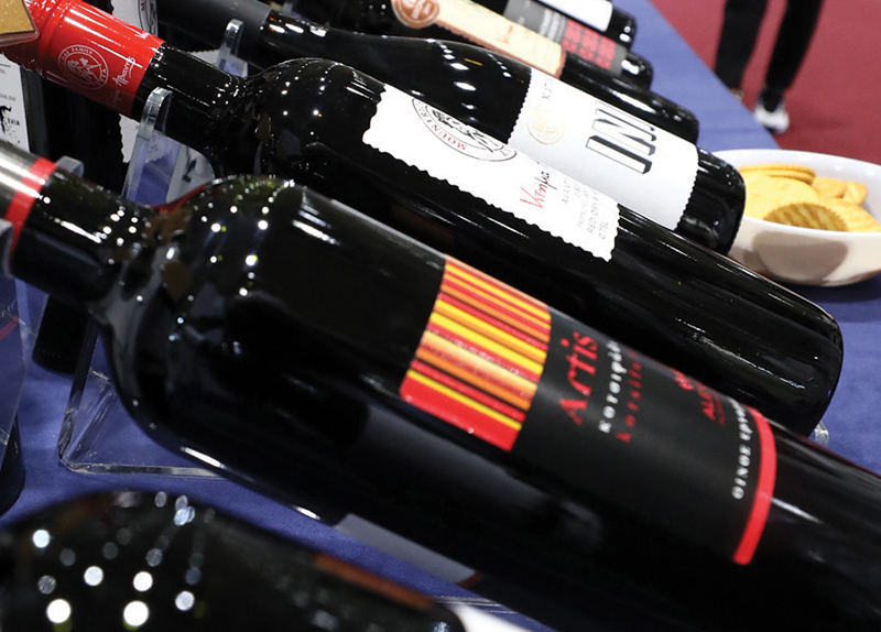 Non-Alcoholic Red Wine May Lower Blood Pressure - Health