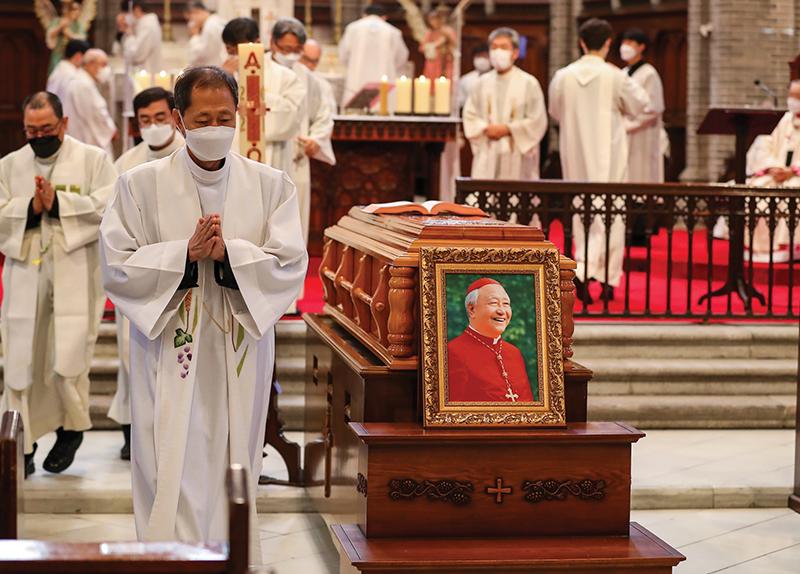 Cardinal Cheong Jin-suk Passes Away0